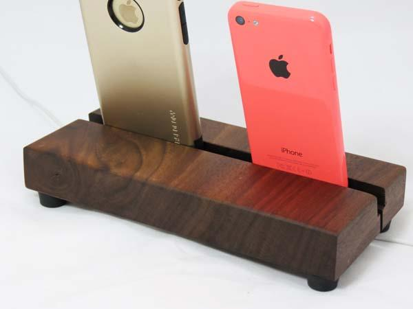 The Handmade Dual Docking Station for iPhone 6/6 Plus/5
