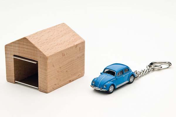 Car Key Battery >> The Mini Garage Car Key Holder | Gadgetsin