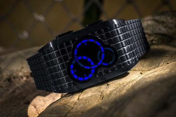 Tokyoflash Kisai Satellite X LED Watch