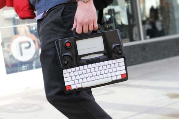 Hemingwrite Digital Typewriter with E-paper Screen