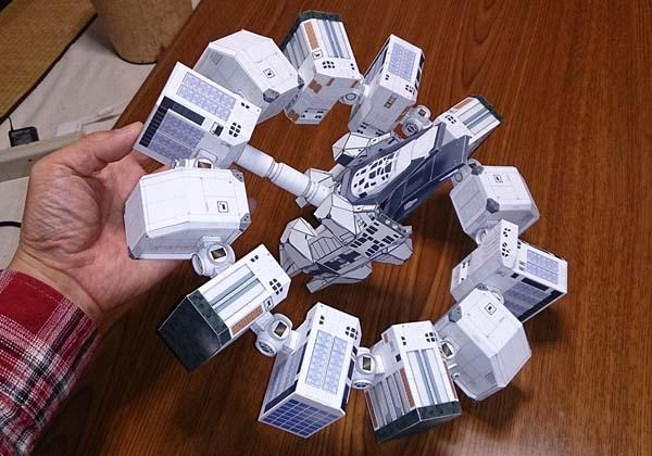 Interstellar Endurance Spacecraft Papercraft