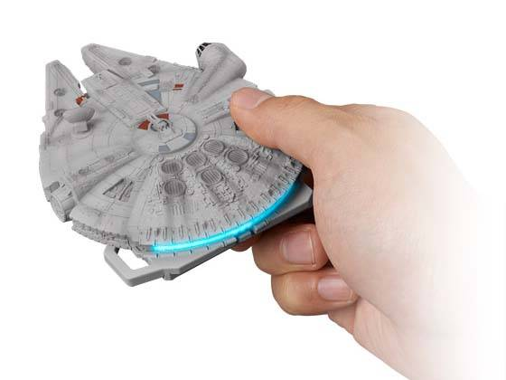 Crazy Case Touch Star Wars Millennium Falcon Card Case