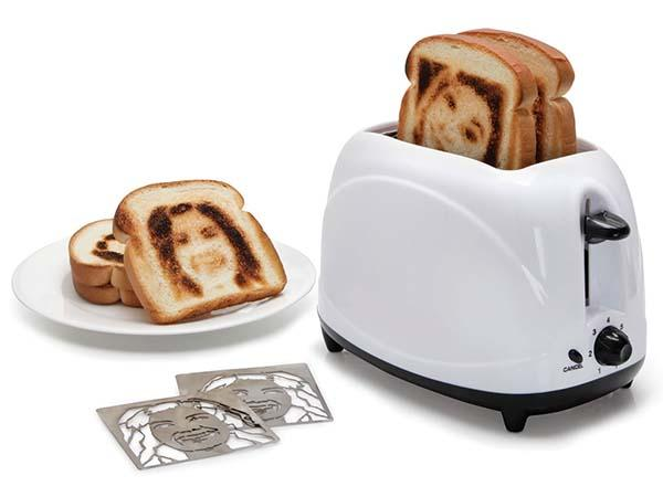 The Toaster Lets You Make Selfie Toasts