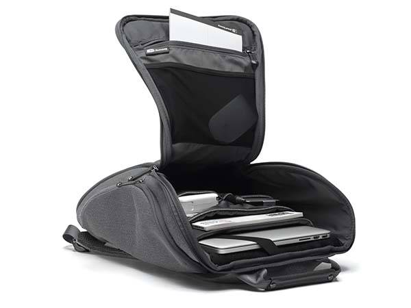 Booq Cobra Squeeze Laptop Backpack