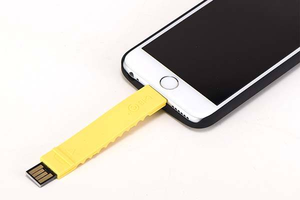 Built-In Lightning Cable iPhone 6 Plus and iPhone 6 Cases