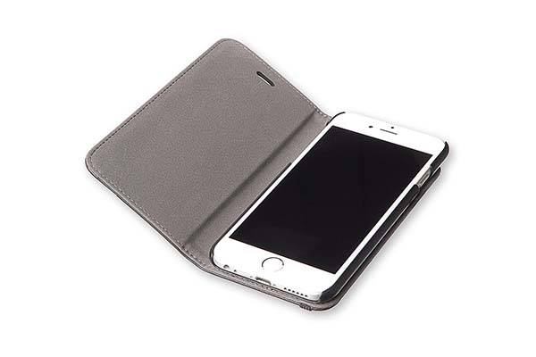 Moleskine Classic Booktype iPhone 6 Plus and iPhone 6 Cases
