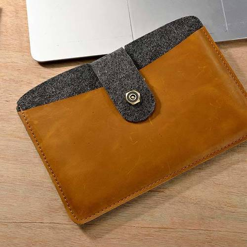 Jingbag Felt and Leather iPad Sleeve