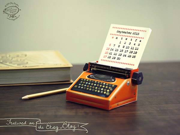 The 2015 Calendar Inspired by Miniature Typewriter