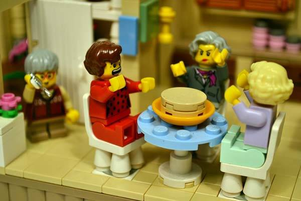 The Golden Girls Living Room and Kitchen LEGO Set