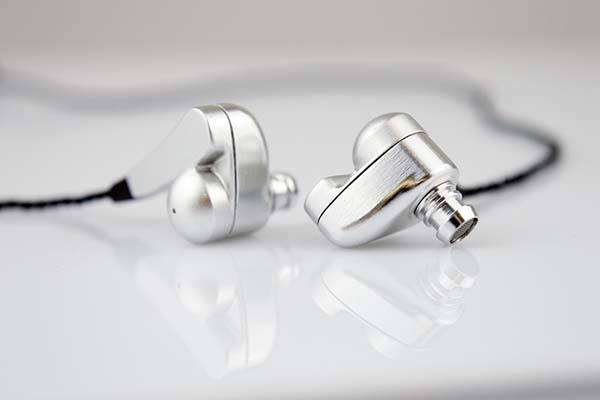 Trinity High-End In-Ear Headphones