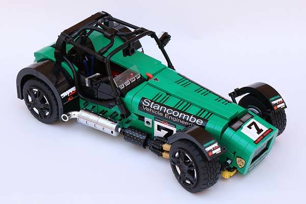 caterham super seven lego set gadgetsin. Black Bedroom Furniture Sets. Home Design Ideas