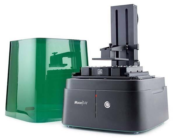 mMoonRay Desktop 3D Printer Allows to Print Higher Resolution Models