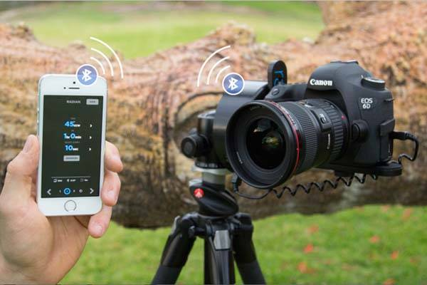 Radian 2 Motion Time Lapse Device Controlled by Smartphone
