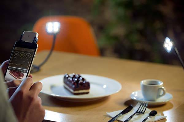 iblazr 2 Portable LED Flash for iOS and Android Devices