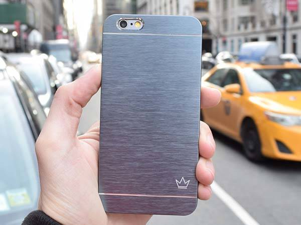 Krown Slim Aluminum iPhone 6 and iPhone 6 Plus Cases