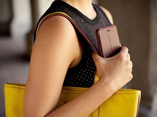 OtterBox Strada Series iPhone 6 Case
