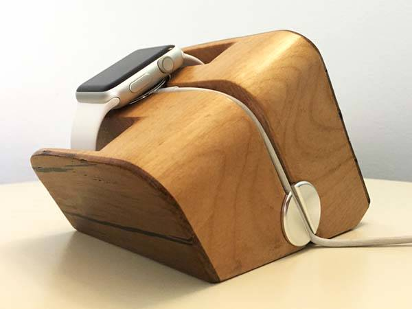 Tanaan Handmade Apple Watch Charging Station