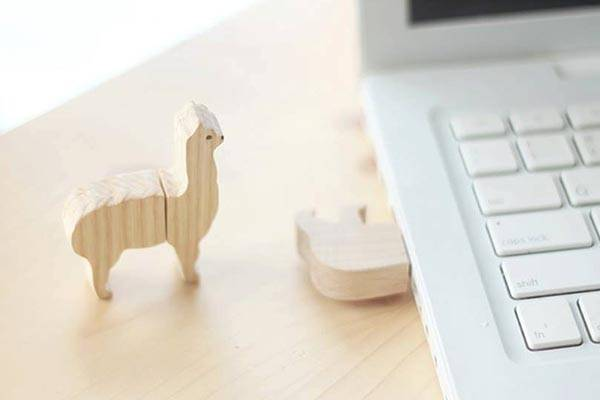 The Cute Handmade Wooden Animal USB Flash Drives