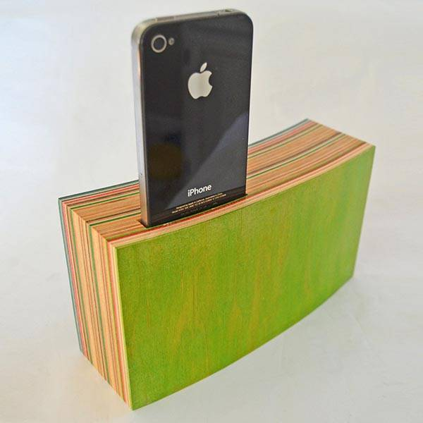 The Handmade iPhone Dock Amplifier Made from Reclaimed Skateboards