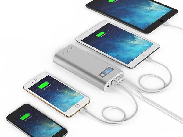 Satechi Aluminum Portable Energy Station Power Banks