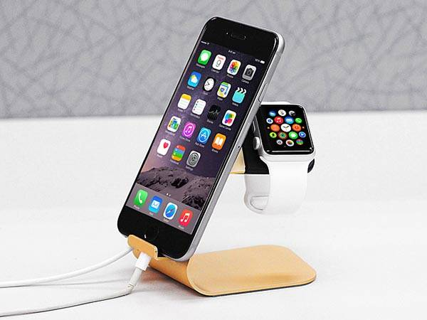 2-In-1 Aluminum iPhone and Apple Watch Charging Station