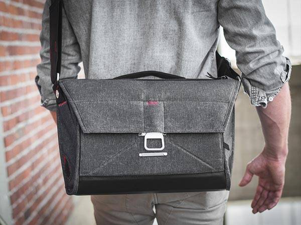 The Everyday Messenger Bag Is Also a DSLR Camera Bag