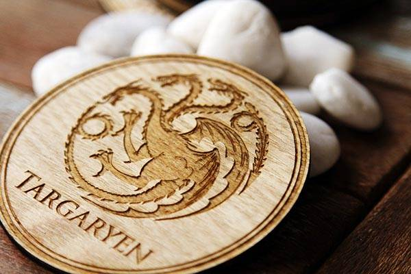 The Game of Thrones Coaster Set with 9 Engraved House Sigils