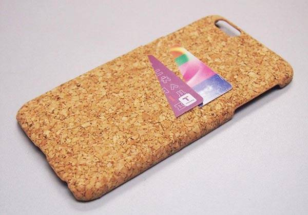 Handmade Natural Cork Wood iPhone 6/6 Plus Cases - one of our handmade tech gifts