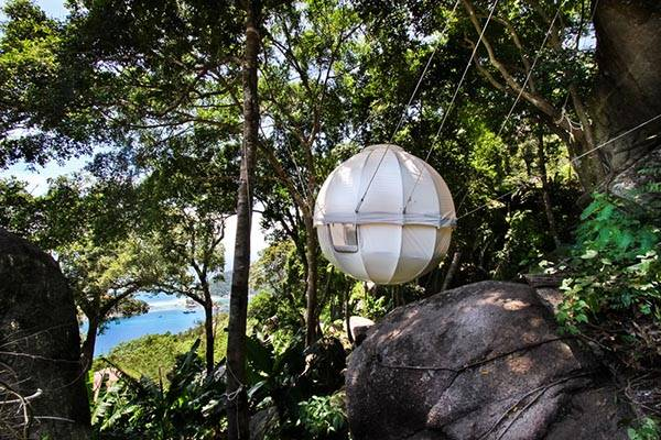 Cocoon Tree Premium Suspended Spherical Treehouse