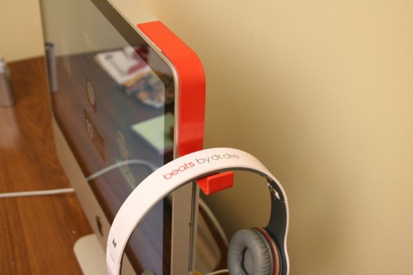 Kancha Headphone Stand Supports Your iMac and Apple Display