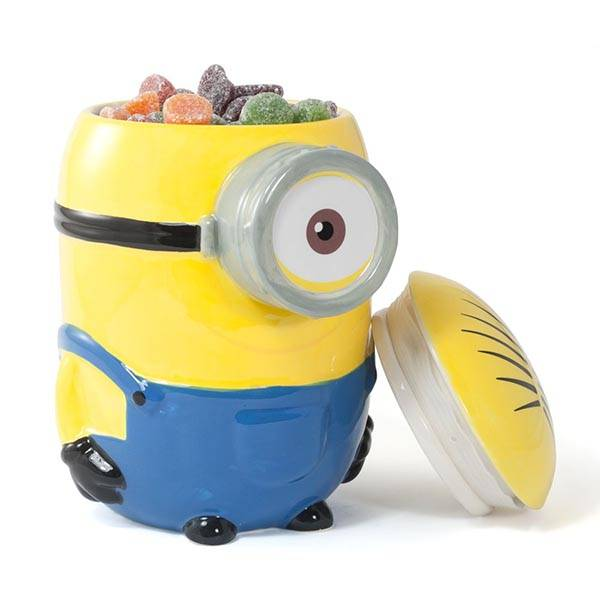 Minions Cookie Jar Holds Your Favorite Snacks Gadgetsin