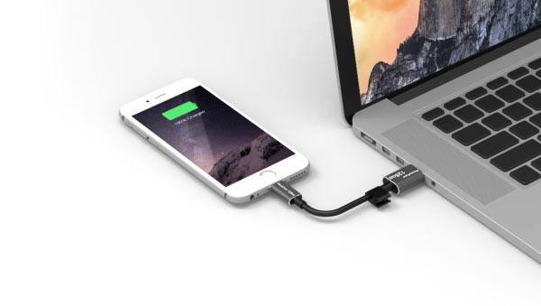 PhotoFast MemoriesCable Lightning Cable Doubles as External Storage Device