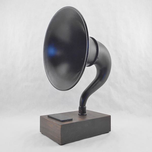 Handmade Vintage Bluetooth Speaker with a Gramophone Horn