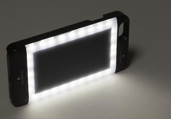 Volta iPhone 6 and iPhone 6 Plus Battery Cases Feature Integrated LED Ring Light