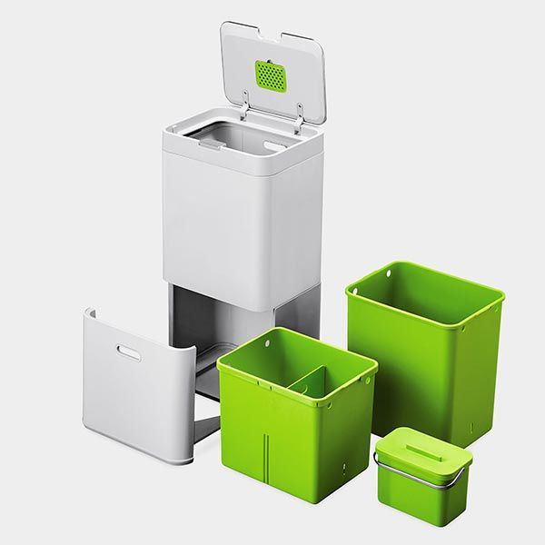 Totem Intelligent Waste System Keeps Kitchen Neat and Clean