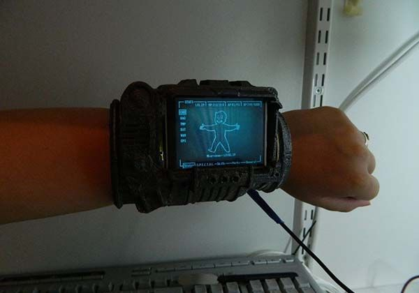 Workable 3D Printed Fallout PipBoy 3000