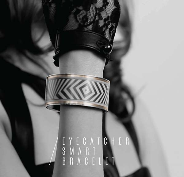 Eyecatcher Smart Bracelet Features Customizable Patterns and Notifications on Your Wrist