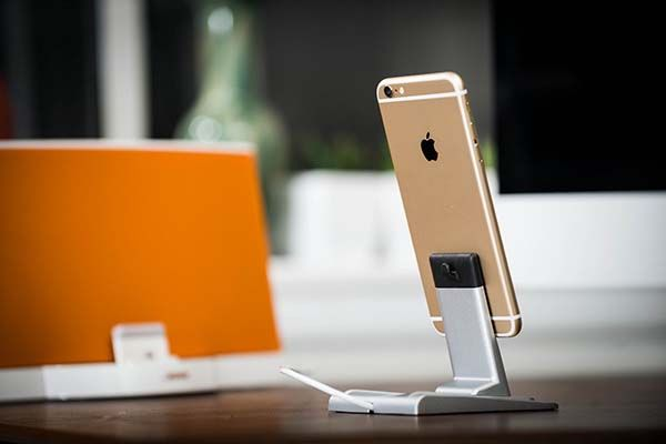 HeroDock Aluminum Charging Station for Smartphones and Tablets