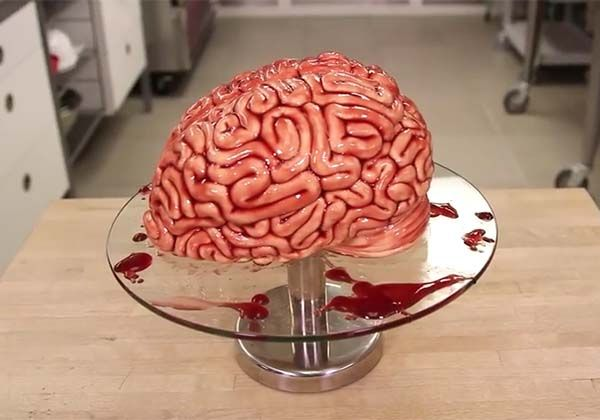 How to Make a Human Brain Shaped Halloween Cake