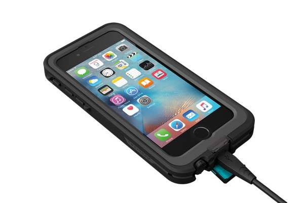 LifeProof FRĒ Power Waterproof iPhone 6s Case with Integrated Backup Battery