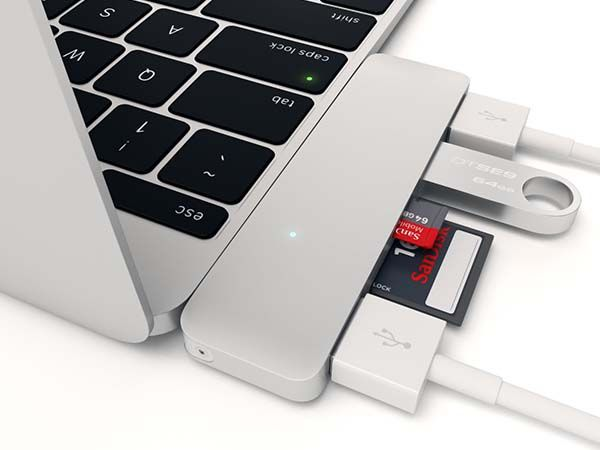 Satechi Type-C USB Hub for MacBook