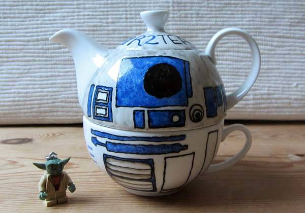 The Handmade Star Wars R2-D2 Teapot with a Custom Teacup