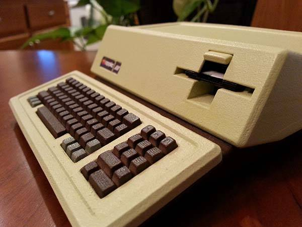 3D Printed Apple III Raspberry Pi Case