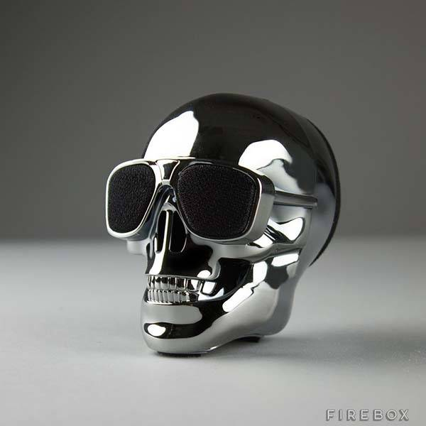 Aeroskull Skull Shaped Ultra Portable Bluetooth Speaker on smartphone wireless speakers