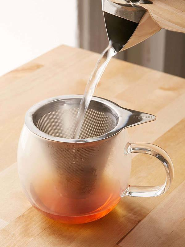 Brew-In-A-Cup Mug with a Removable Tea Infuser