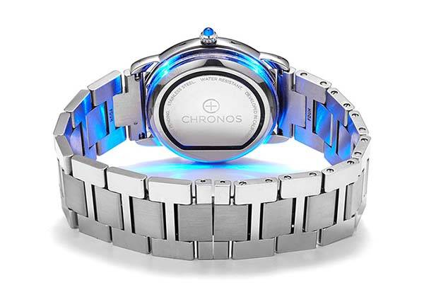 Chronos Turns Any Watch Into Smartwatch