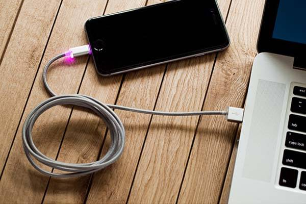 Echo IronWire Apple Certified Braided Lightning Cable with a $10 Price Tag and Lifetime Warranty