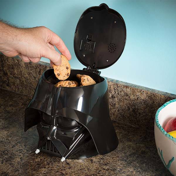 Star Wars Darth Vader Cookie Jar With The Sound Of His