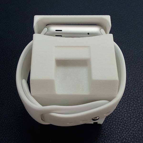 3D Printed Macintosh Classic Apple Watch Stand