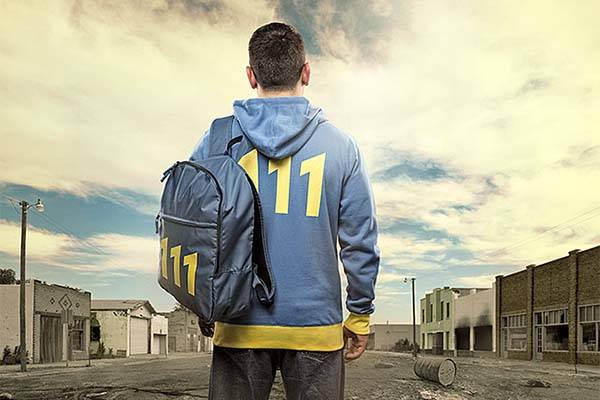 Fallout 4 Vault 111 Loot Box Contains Vault-Tec Approved Backpack, Hoodie, Lunchbox and More
